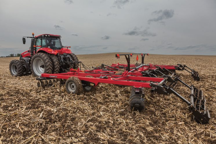 Case IH True-Tandem™ 345 Disk Harrow